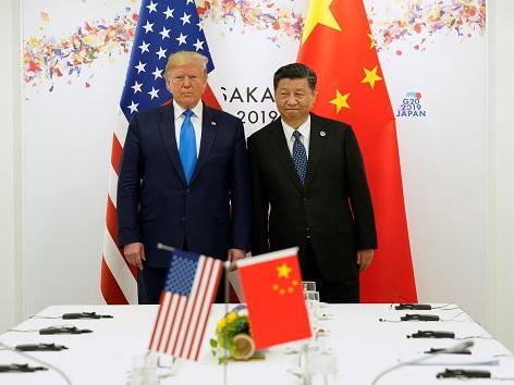 Златото продължава да расте главоломно. Китай отговаря на Тръмп с нисък юан и още рестрикции